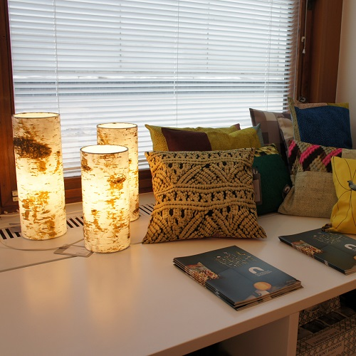 The log table lamps and pillows